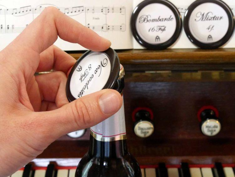 Registerzug-Magnete mit Flaschenöffner_0003.jpg